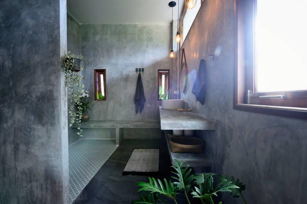 Décoration tendance d'une salle de bain moderne et contemporaine