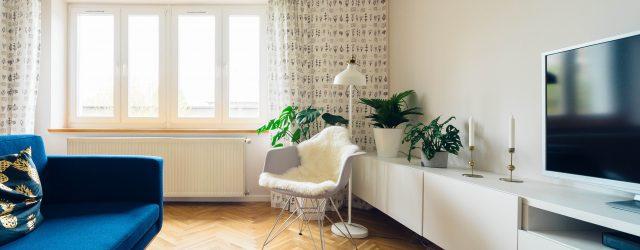 Salon d'appartement chaleureux